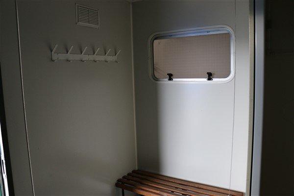 12ft x 8ft Portable Shower Block 3 bay
