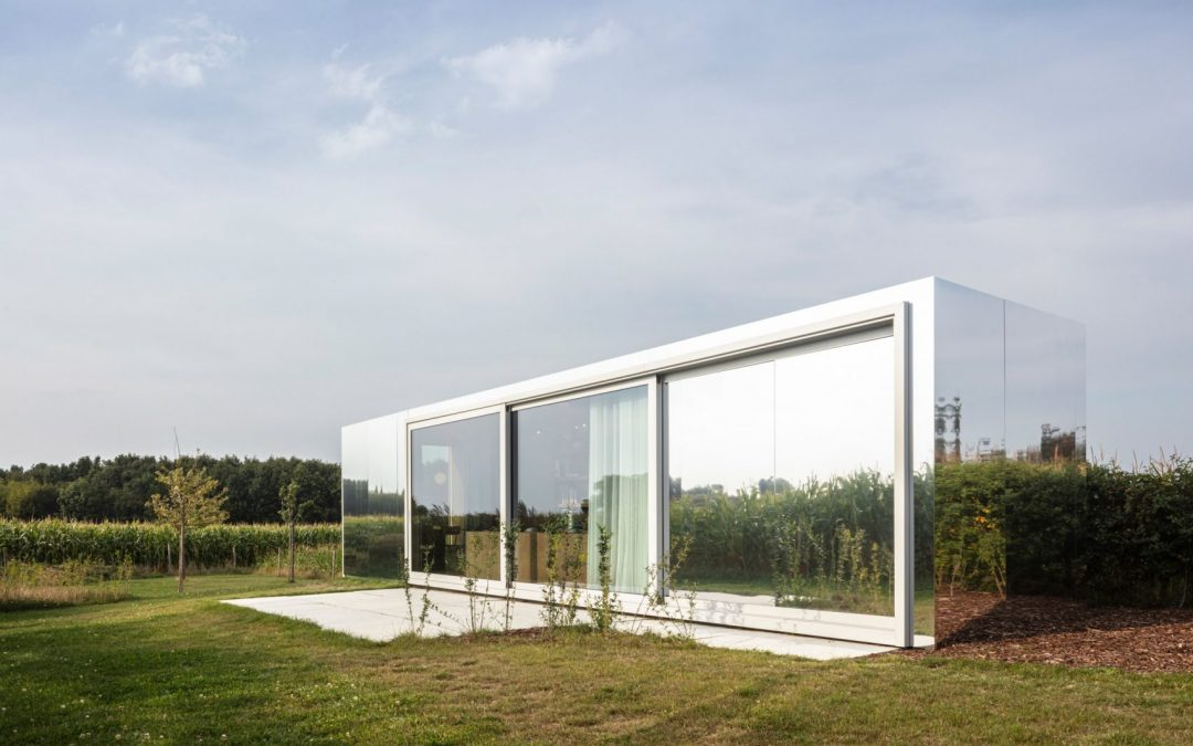 Shipping Containers Turned Into Mirrored Architects' Studio